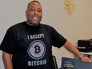 The Digital Currency Guy Educates Crytocurrency Novices